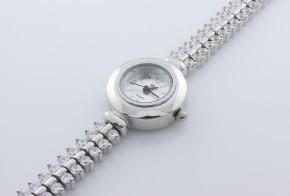 Дамски Сребърен часовник с циркони CH0005