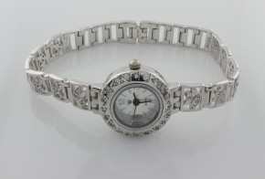 Дамски сребърен часовник с циркони CH0004