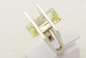 Дамски сребърен пръстен с циркон SD0117