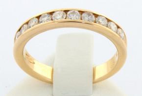Златен пръстен от жълто злато с диаманти  D923