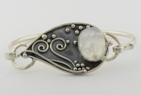 Сребърна гривна с лунен камък SGR0005