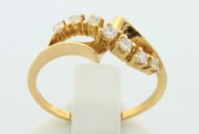 Златен пръстен от жълто злато с диаманти  D917