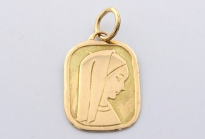 Златна висулка от   жълто злато  V0029