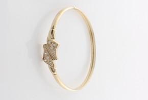 Златна твърда гривна с циркони  GR0068