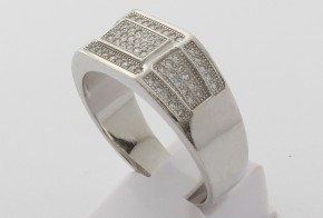 Мъжки сребърен пръстен с циркони SM0065