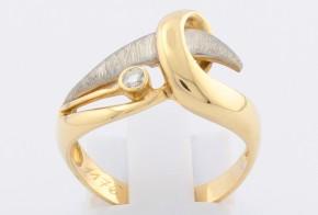 Дамски пръстен от бяло и жълто злато с диамант D1176