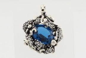 Сребърен медальон със син топаз и циркони CSD0022