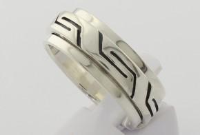 Мъжки сребърен пръстен SM0081