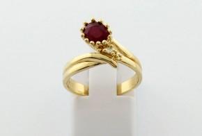 Годежен пръстен от жълто  злато с диамант D3084