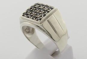 Мъжки сребърен пръстен с циркони SM0036