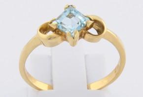 Дамски пръстен от жълто злато със син топаз D243