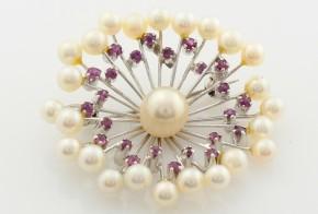Брошка от бяло злато с рубини и перли B956