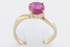 Дамски пръстен от бяло злато с рубин D1092