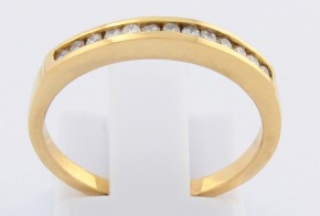 Дамски пръстен от жълто злато с диаманти D935