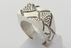 Мъжки сребърен пръстен SM0083
