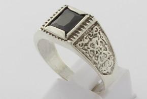 Мъжки сребърен пръстен с оникс SM0075